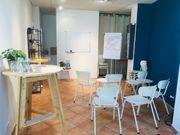 Heller Seminarraum in der Karlsruher