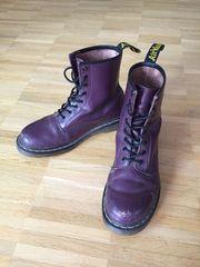 DocMartens violett