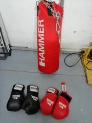 Boxsack mit Handschuhe