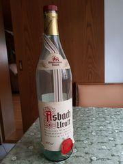 Asbach Uralt-Flasche
