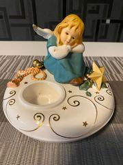 Goebel-Engel-Träumerle auf Postament mit Teelicht
