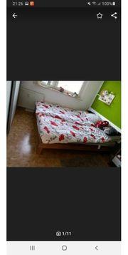 Schlafzimmer Bett Kleiderschrank