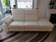 Echtleder Couch mit elektrischer Relaxfunktion