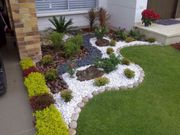 sansteinemauer pflast natursteine Gartenbauer mit