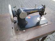 2 x ältere Nähmaschinen in
