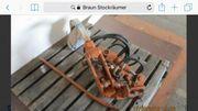 Braun Zwischachsgerät mit Stockputzer