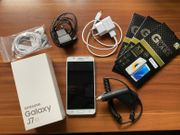 Handy Samsung Galaxy J7 2016