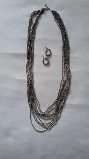 Halskette mit Ohrringe