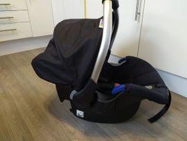 Autositze - Babyschale Comfort Fix inkl Isofix