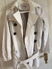 Weißer Mantel mit Gürtel Größe