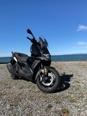 BMW C400X Motorradroller