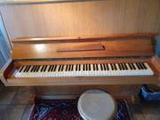 Klavier für 100 EUR abzugeben