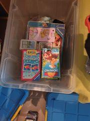 Spielzeug Boxen mit Spielen