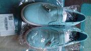 Segeltuch-Sneakers neu