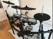 Roland Elektronisches Schlagzeug TD 15