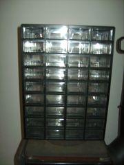 Kleinteilemagazin mit 36 Schubladen zu