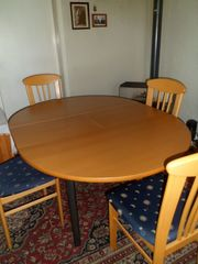 Esstisch massiv 5 Stühle zu