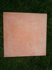 11 qm Bodenfliesen Terracotta 33