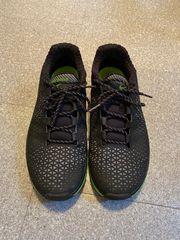 Nike Sportschuhe Gr 42