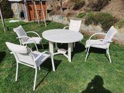 Gartentisch holz mit 4 Stühlen