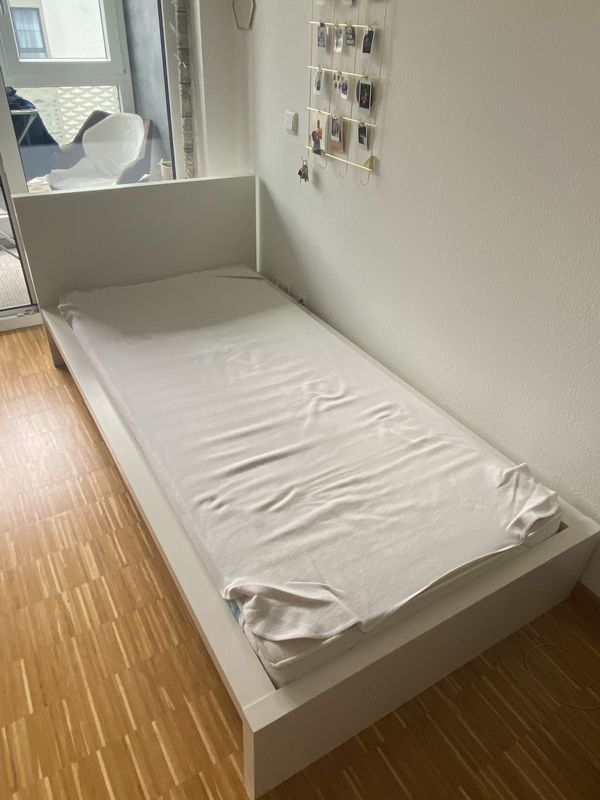 Bett Ikea Malm Weiss Inkl Lattenrost Und Matratze 100 X 200 In Mainz Betten Kostenlose Kleinanzeigen Bei Quoka De