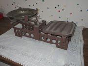 Alte Balkenwaage
