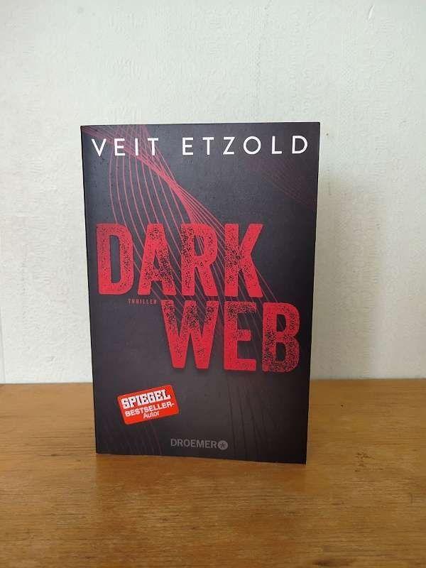 Veit Etzold - Dark Web