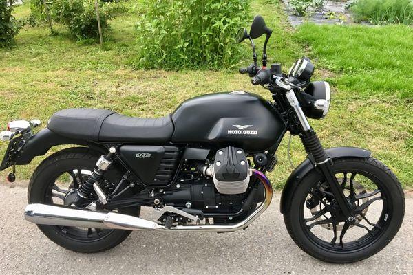 Moto Guzzi V7 nur 1050