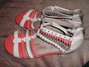 neuwertige Sandale Gr 40 v