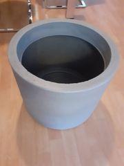 Pflanzkübel in grau Durchmesser 48cm