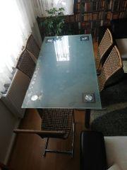Esstisch mit 6 Rattan Stühle