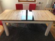 Ausziehbarer stabiler Tisch