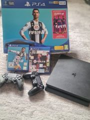 PS4 500GB mit 2 Controller