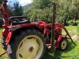 Traktoren, Landwirtschaftliche Fahrzeuge - Renault Traktor mit Frontlader