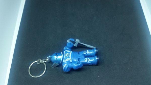 Schlüsselanhänger Roboter blau