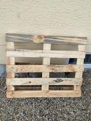 Holz Palette zu verschenken