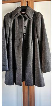 Mantel von Halluber