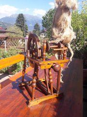 altes Spinnrad - sehr gut erhalten