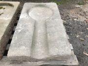 Historische Auslaufrinne aus Sandstein 1800