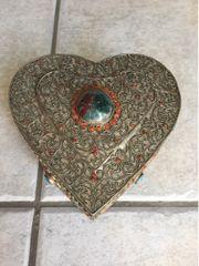 Schmuckdose Herzform Silber oder Alublech