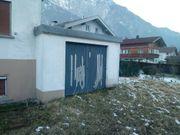 Renovierungsbedürftige Häuser