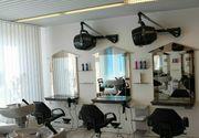 Friseureinrichtung Bedienplätze Ladeneinrichtung Kosmetik Friseur