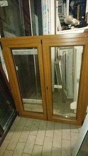 Neues zweiflügiges braunes Fenster 110