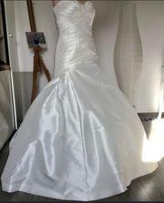 Brautkleid von der Marke La