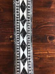 Wunderschöne schwarz weiße Bordüre in MARMOR-Optik -