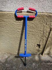 Original Pogo Stick in blau