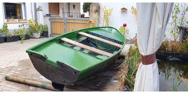 Boot Angelboot Angelkahn Angelnachen Freizeitboot