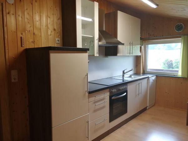 Küchenzeile 270x60cm mit Geräten Nussbaum