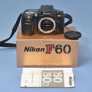 Nikon F60 mit Nikkor 3
