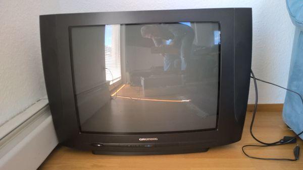 Fernseher Grundig Röhrenf zu verschenken